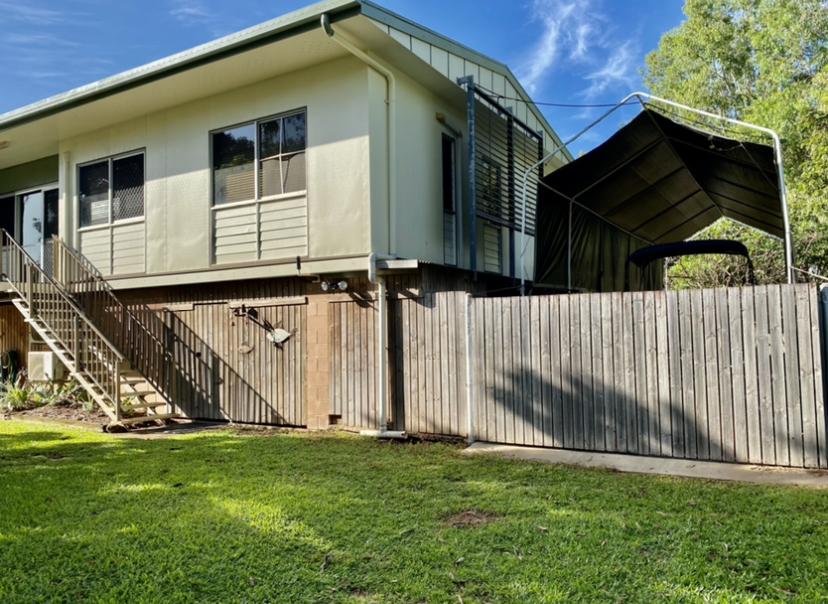 1/1 Wattle Terrace, TRUNDING  QLD  4874